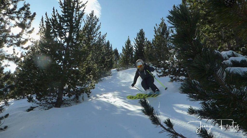 P1310376 1024x576 - Y llegó la primera nevada del 2020 en Cerler (Valle de Benasque)