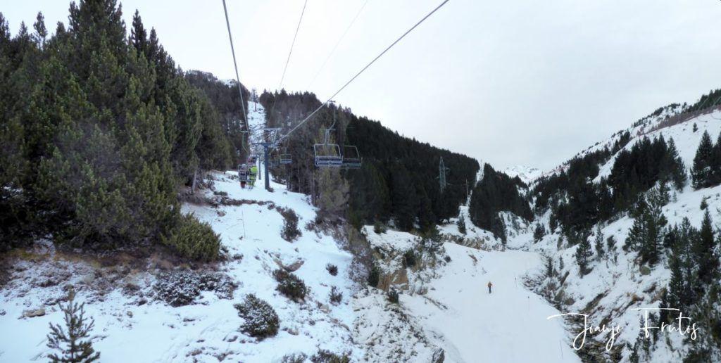 Panorama 5 1024x516 - Y nevó poco pero seguiremos esperando en Cerler.