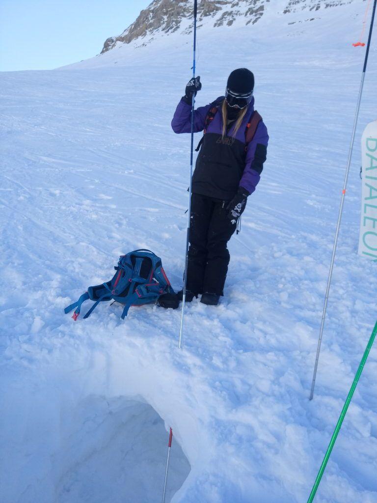 IMG 20200205 124051 768x1024 - Curso formación rescate en caso de alud de nieve.