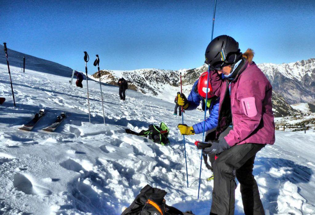 P1310670 fhdr 001 1024x699 - Curso formación rescate en caso de alud de nieve.