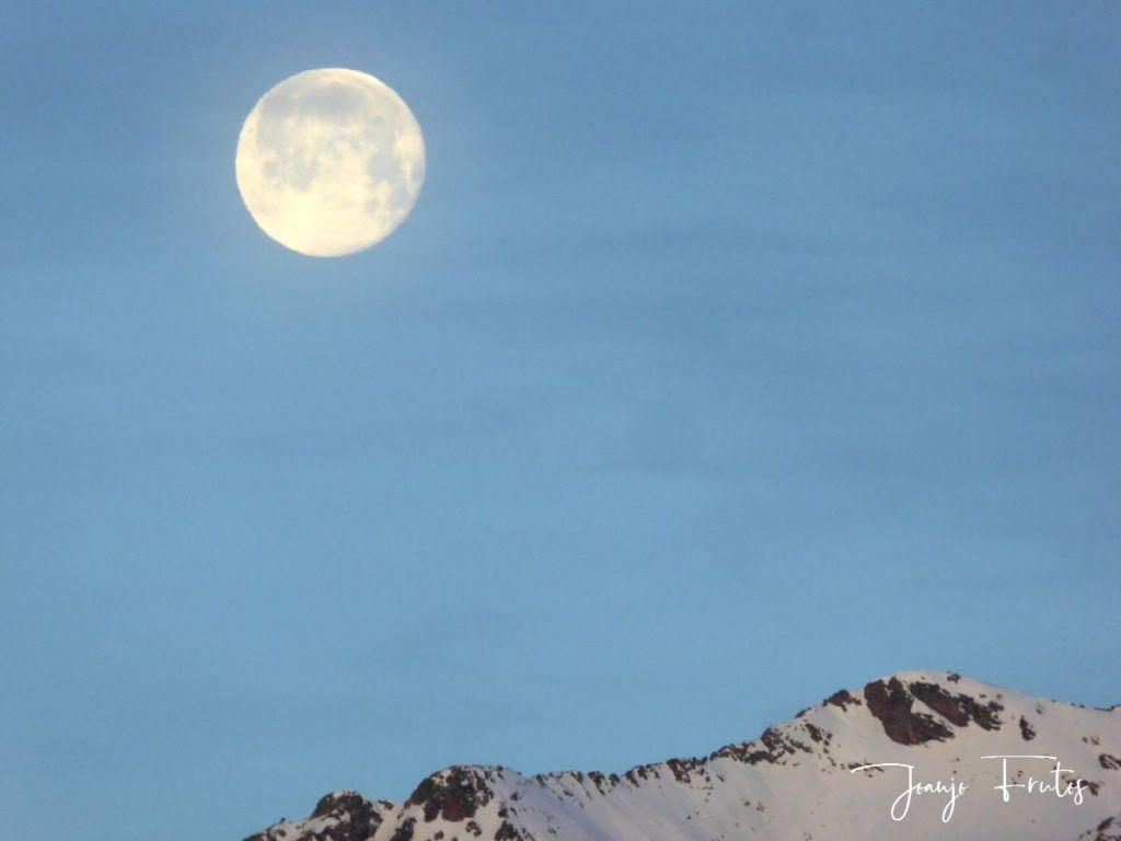 P1310716 1024x768 - Otra Luna llena en Cerler ...