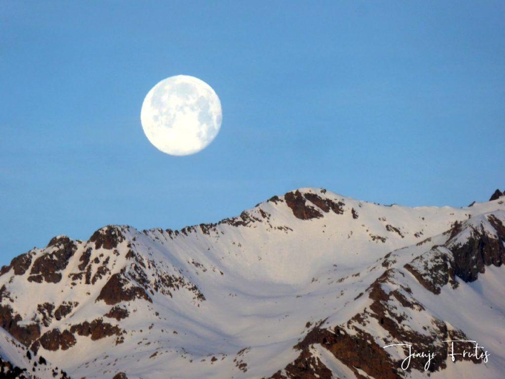 P1310717 1024x768 - Otra Luna llena en Cerler ...