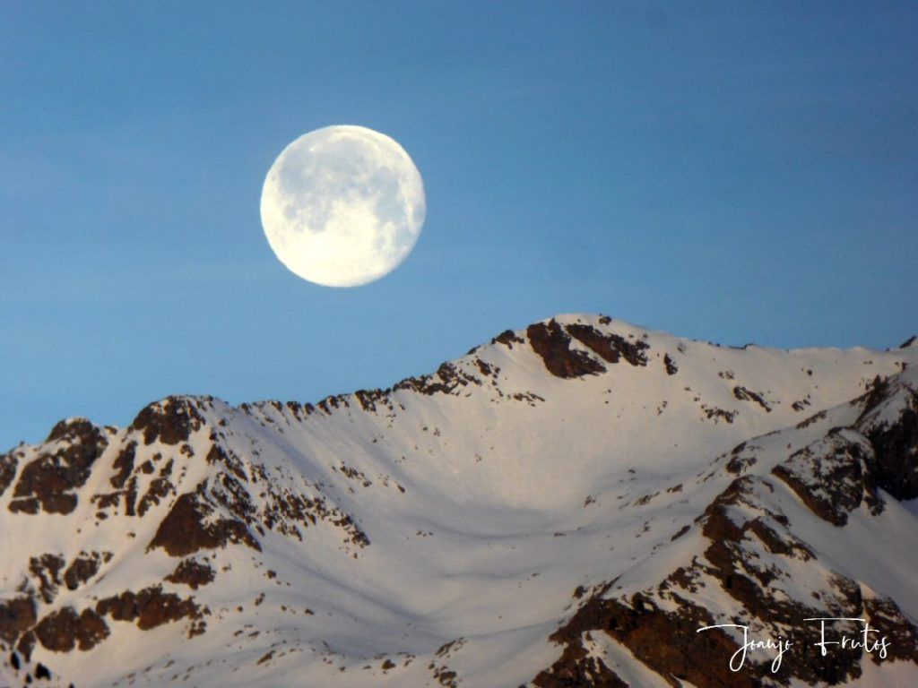 P1310720 1024x768 - Otra Luna llena en Cerler ...