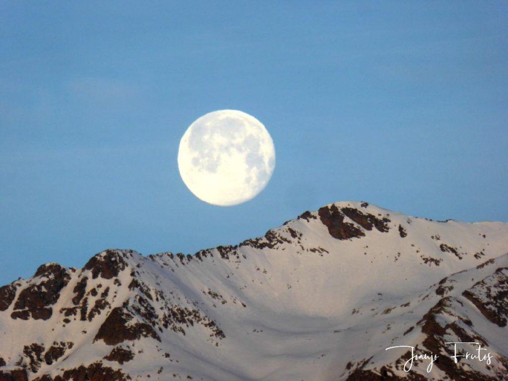 P1310723 1024x768 - Otra Luna llena en Cerler ...
