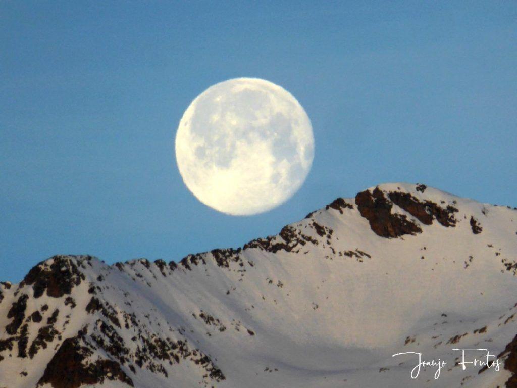 P1310725 1024x768 - Otra Luna llena en Cerler ...