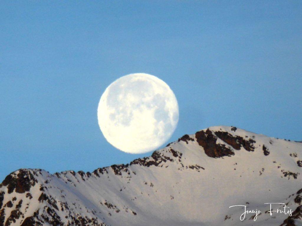 P1310726 1024x768 - Otra Luna llena en Cerler ...