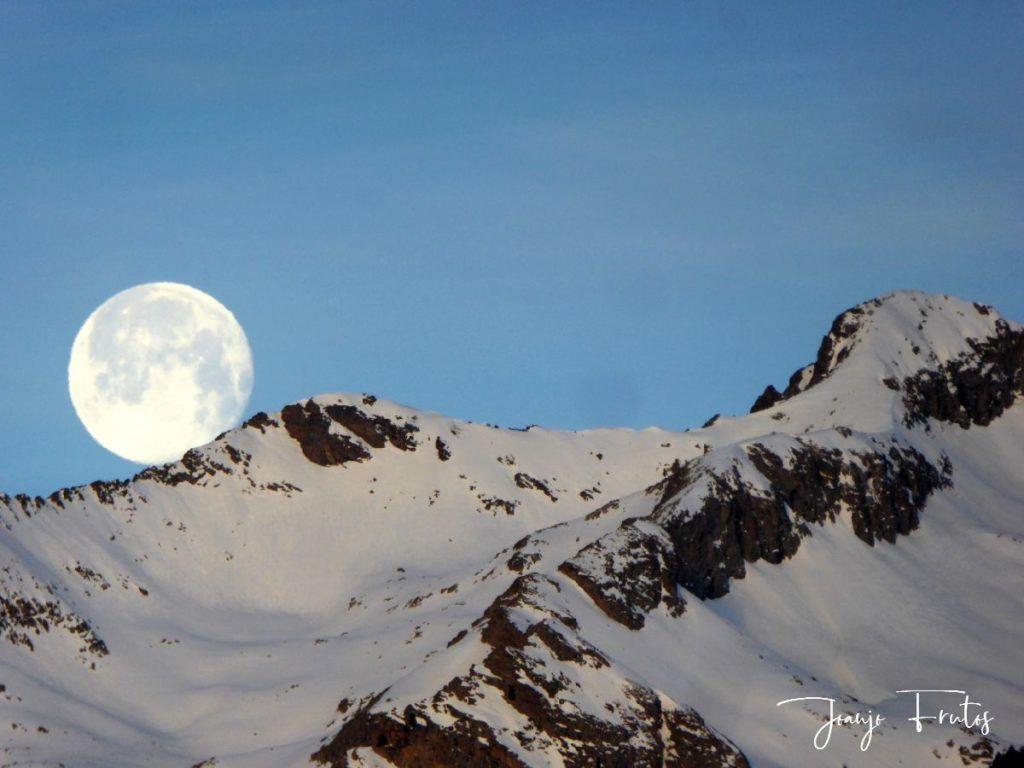 P1310728 1024x768 - Otra Luna llena en Cerler ...