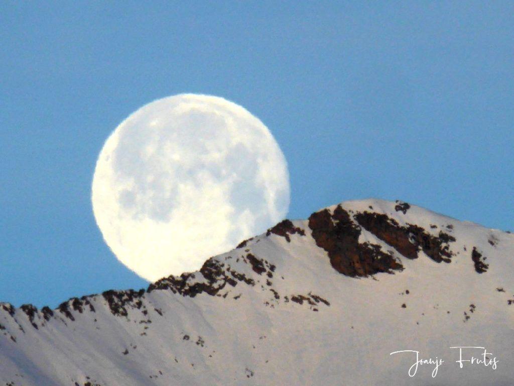 P1310729 1024x768 - Otra Luna llena en Cerler ...