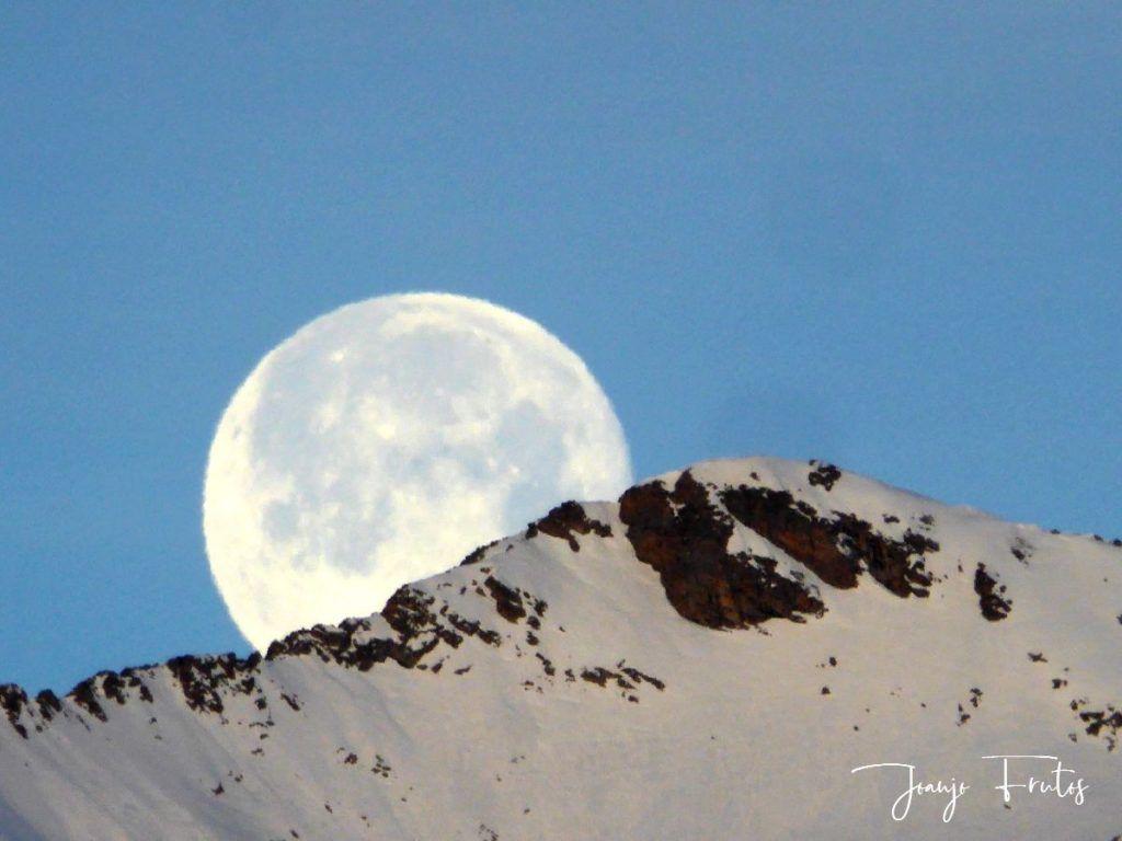 P1310732 1024x768 - Otra Luna llena en Cerler ...