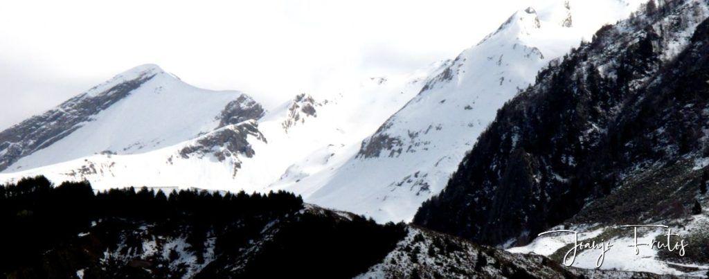 IMG 0006 1024x403 - Cielo gris en el Valle de Benasque.