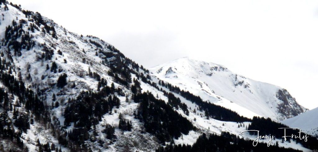 IMG 0007 1024x491 - Cielo gris en el Valle de Benasque.