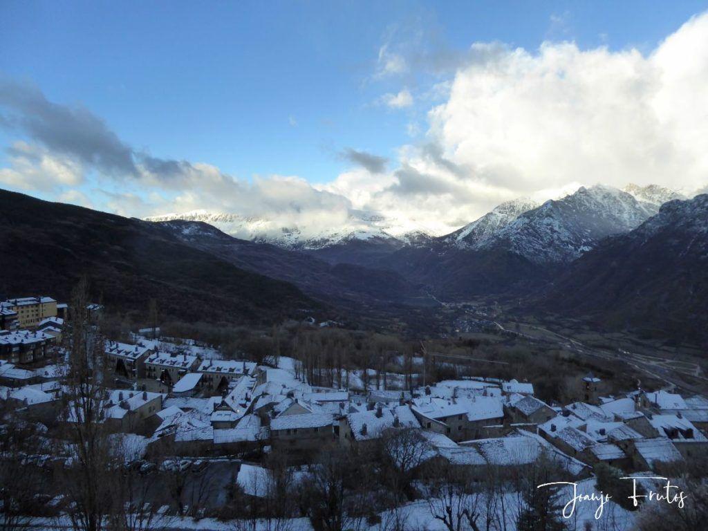 P1310879 1024x768 - Y ha vuelto la nieve ... Cerler.