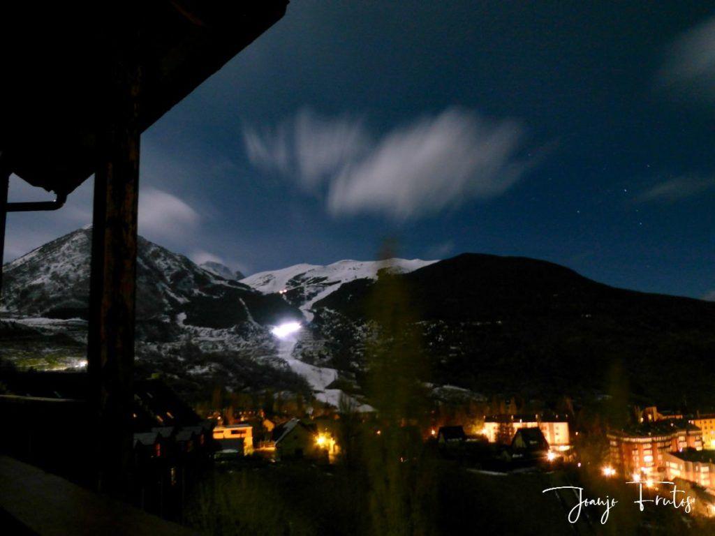 P1310895 1024x768 - Luna llena y viento en Cerler.