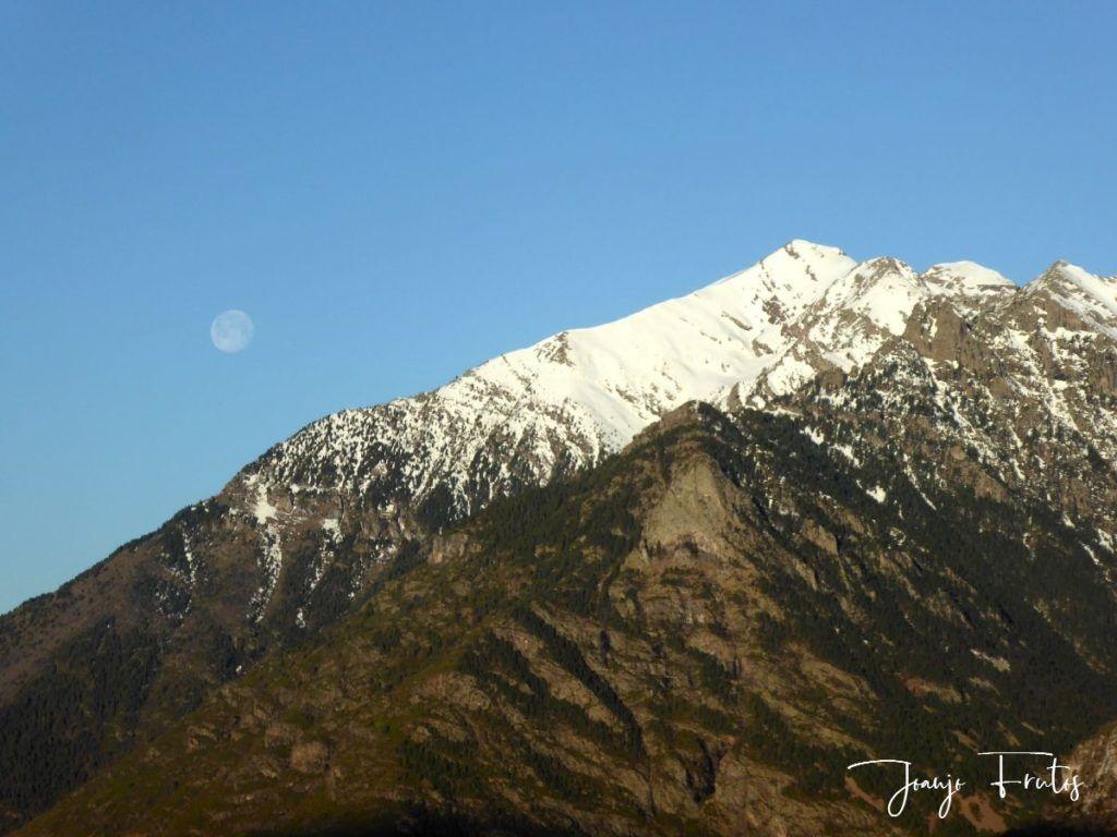 P1310912 1024x768 - Luna llena y viento en Cerler.