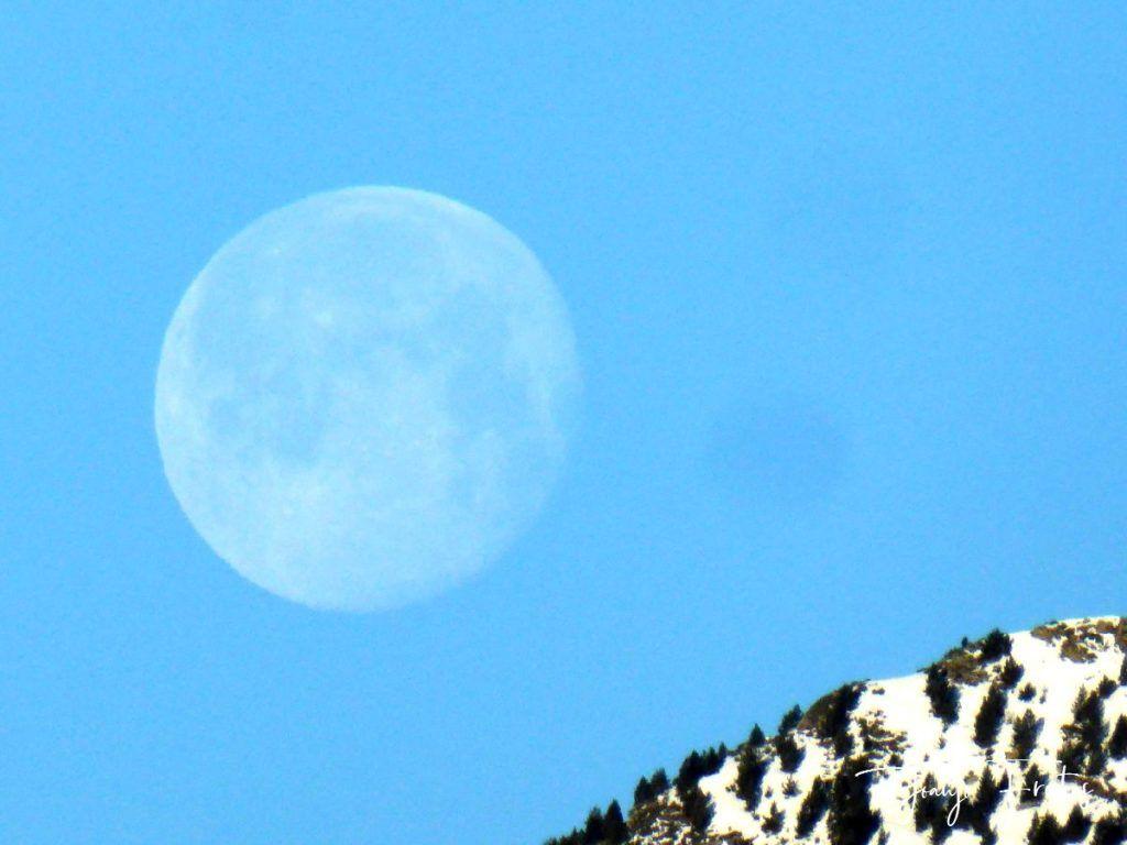 P1310916 1024x768 - Luna llena y viento en Cerler.
