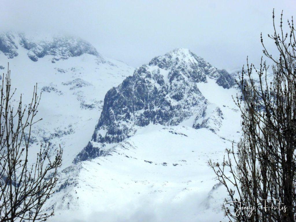 P1320179 1024x768 - Acaba marzo 2020 y sigue nevando en Cerler