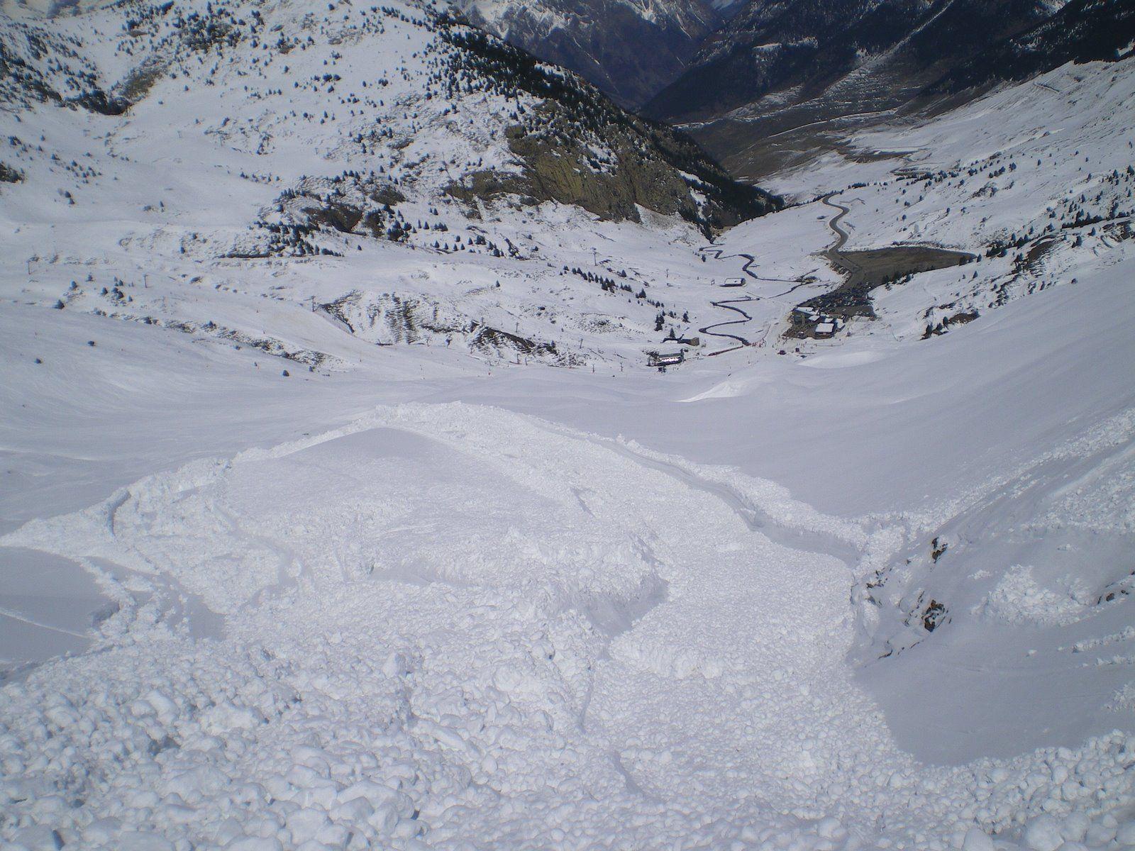 IMGP6419 - Aludes 2009 Abril Cerler