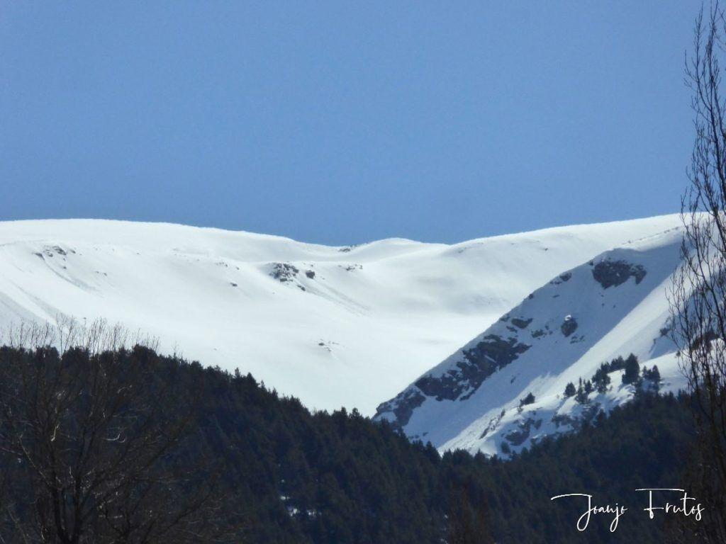 P1320215 1024x768 - Abril, sol, nieve, confinamiento, Cerler.