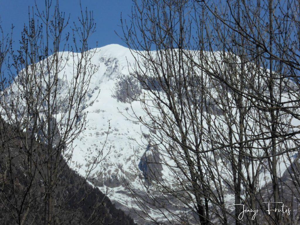 P1320223 1024x768 - Abril, sol, nieve, confinamiento, Cerler.