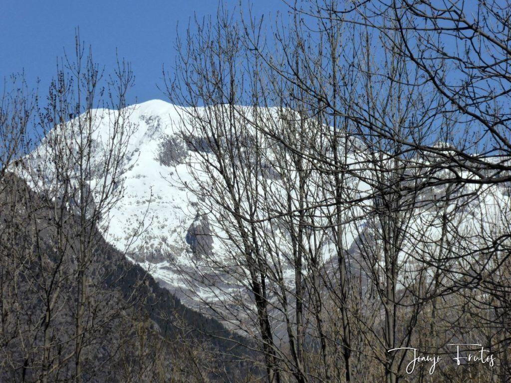 P1320224 1024x768 - Abril, sol, nieve, confinamiento, Cerler.