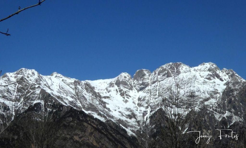 P1320225 1024x619 - Abril, sol, nieve, confinamiento, Cerler.