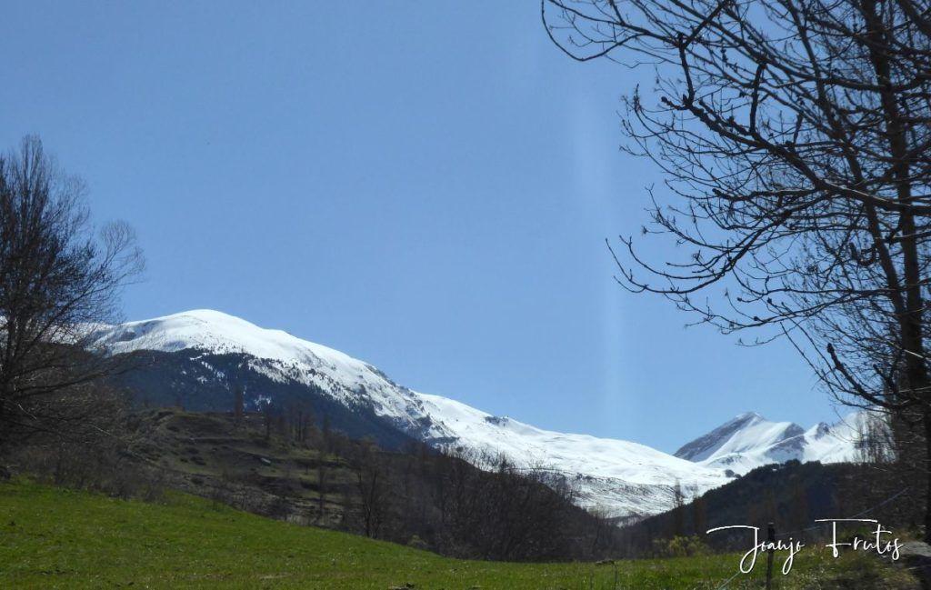 P1320227 1024x649 - Abril, sol, nieve, confinamiento, Cerler.