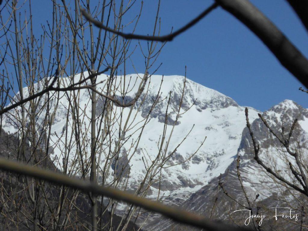 P1320230 1024x768 - Abril, sol, nieve, confinamiento, Cerler.