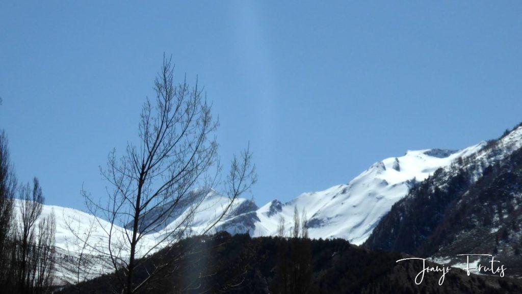 P1320236 1024x577 - Abril, sol, nieve, confinamiento, Cerler.