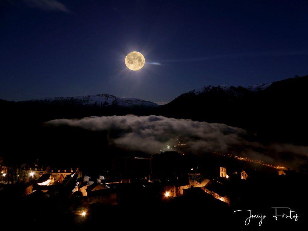 P13205431 1024x768 - Amanece con Luna Rosa en el Valle de Benasque