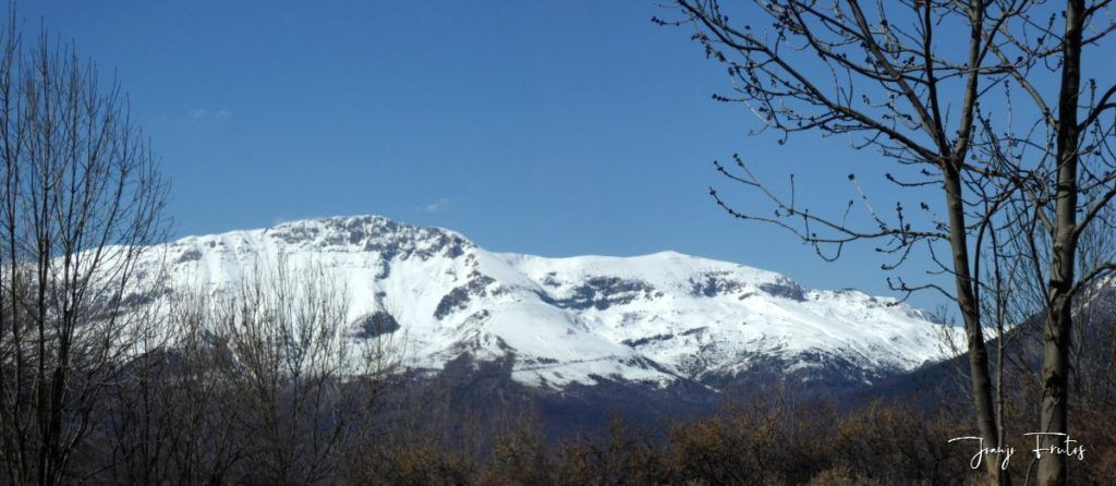 Panorama 2 1024x446 - Abril, sol, nieve, confinamiento, Cerler.