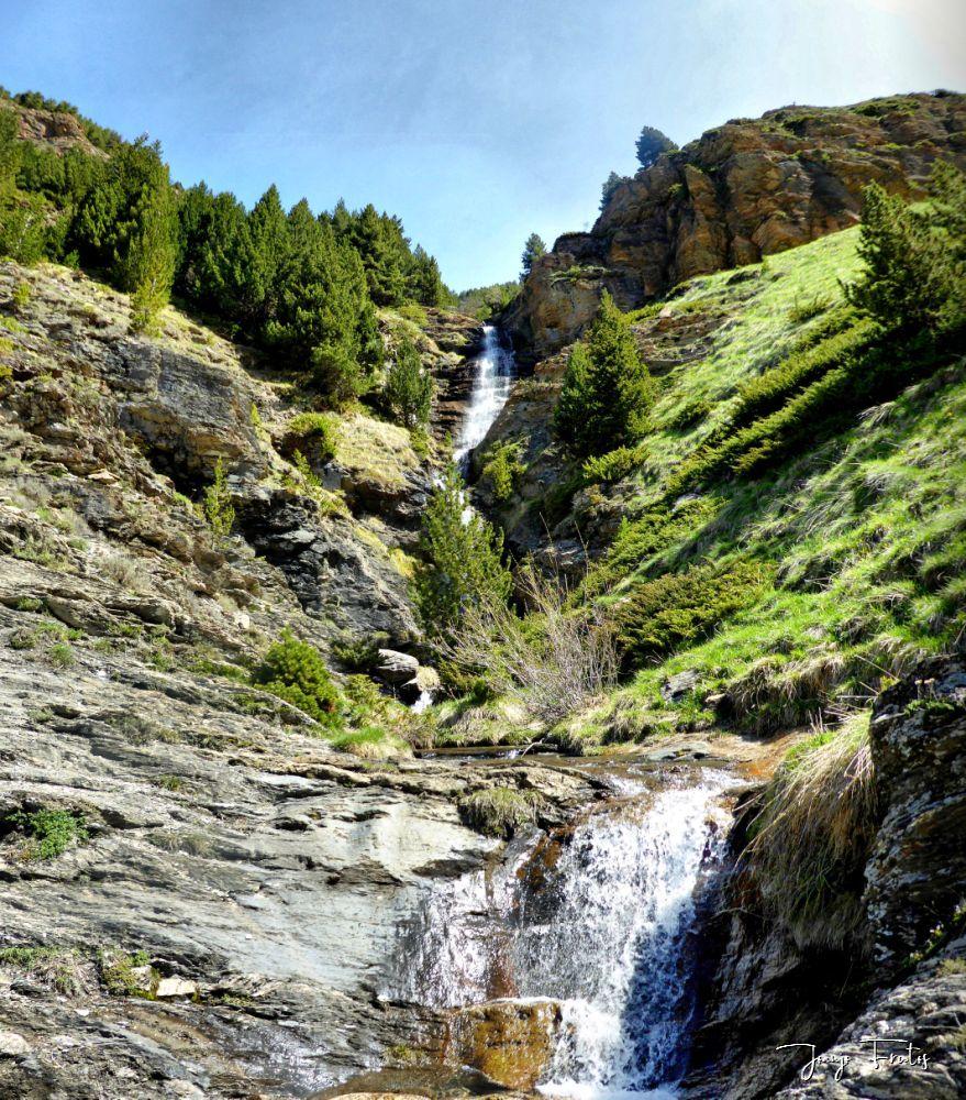 Panorama 4 fhdr 001 - Las Tres Cascadas de Cerler.