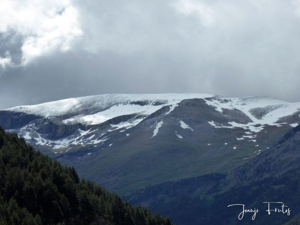 P1330467 1024x768 - Cerler Junio nevado con normalidad