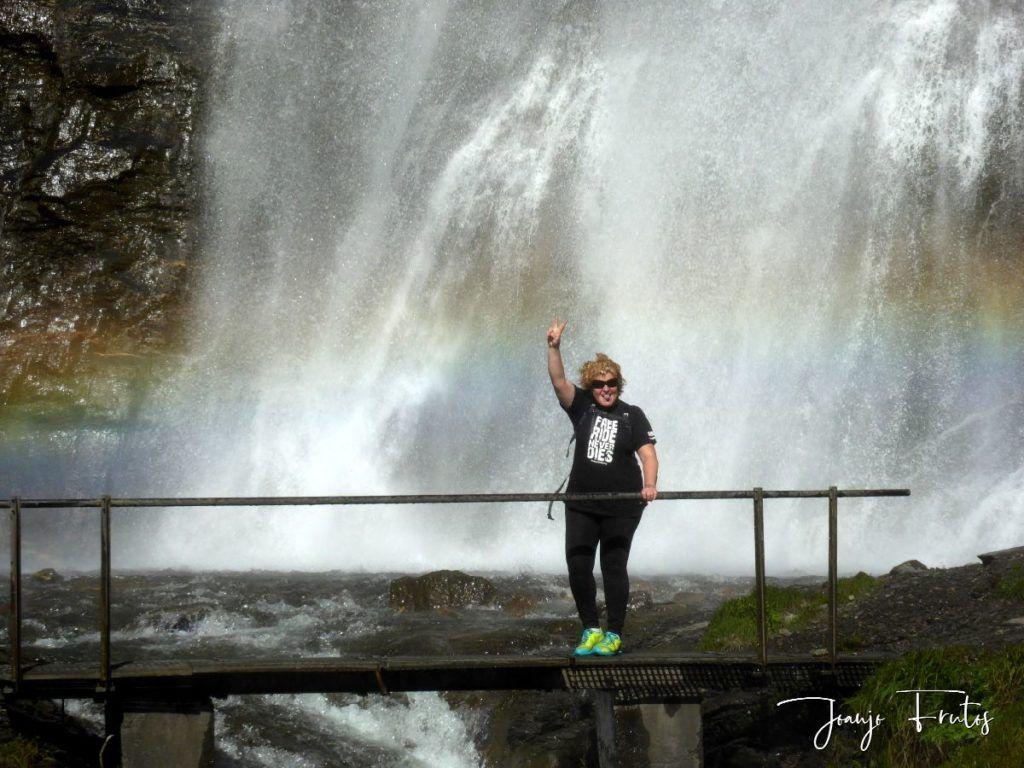 P1330593 1024x768 - Empezamos verano cascadas y setas