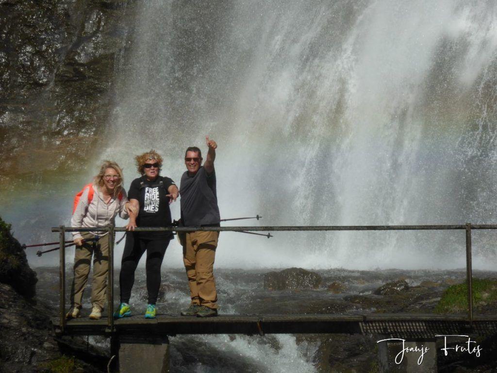 P1330595 1024x768 - Empezamos verano cascadas y setas