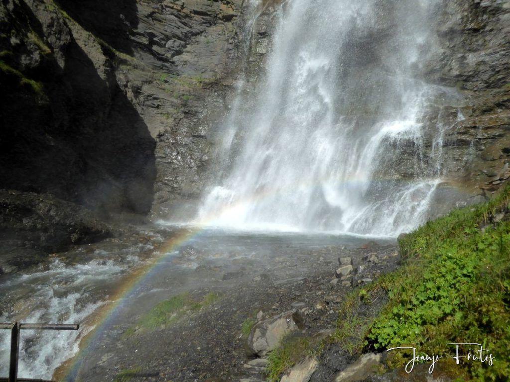 P1330598 1024x768 - Empezamos verano cascadas y setas