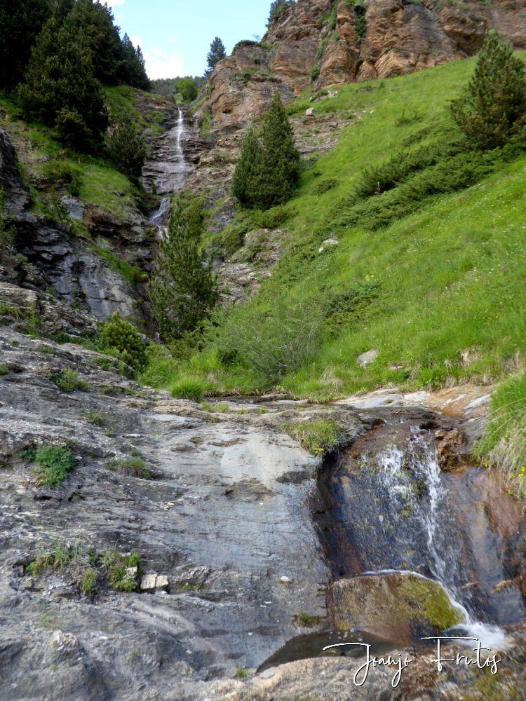 P1330640 - Empezamos verano cascadas y setas