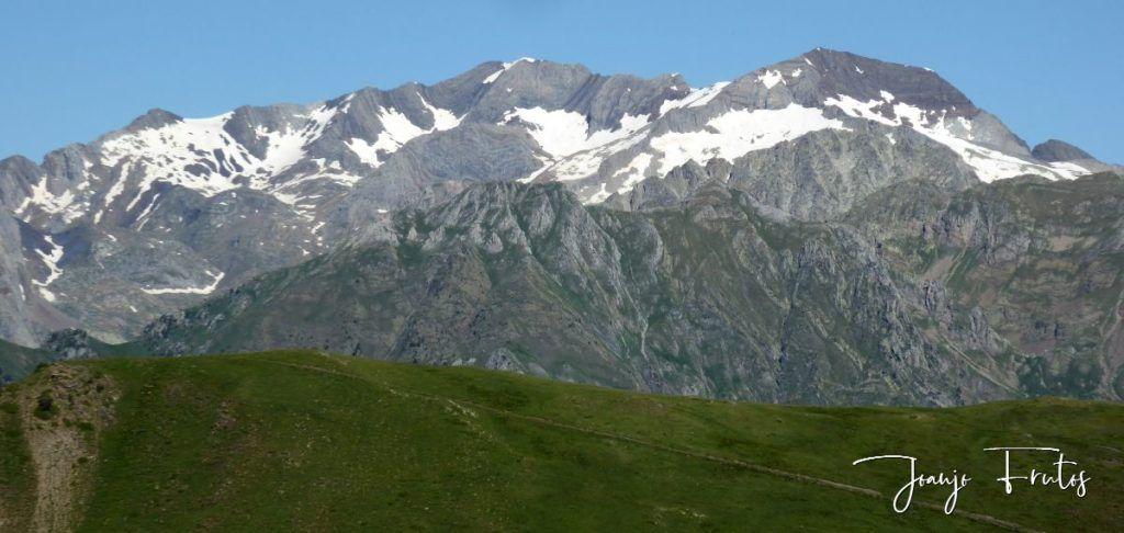 P1330751 1024x486 - Estibafreda pedaleando con vistas.