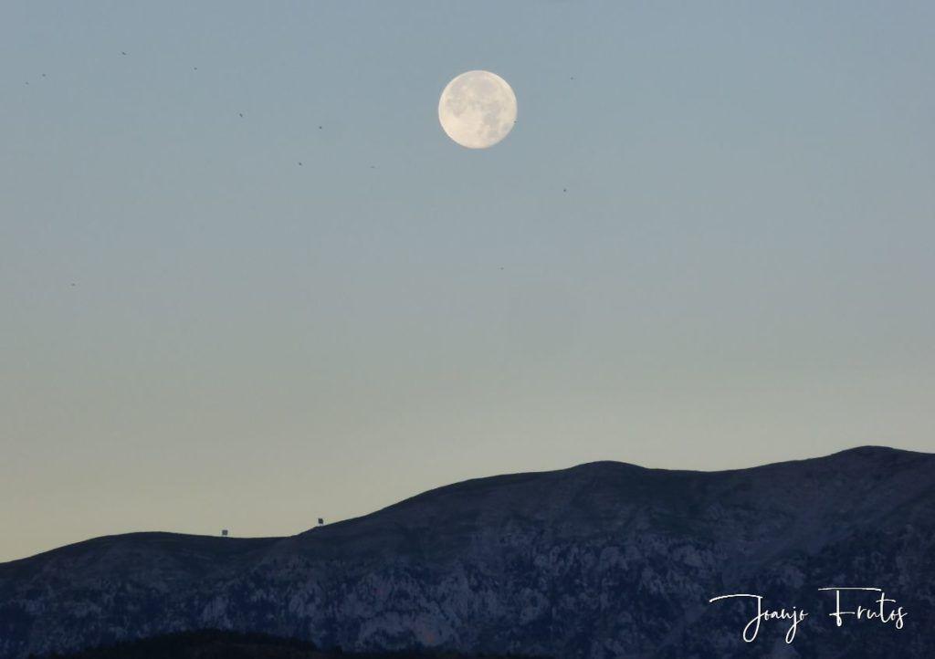 P1330789 1024x722 - Amanecer de Luna Llena de Julio.