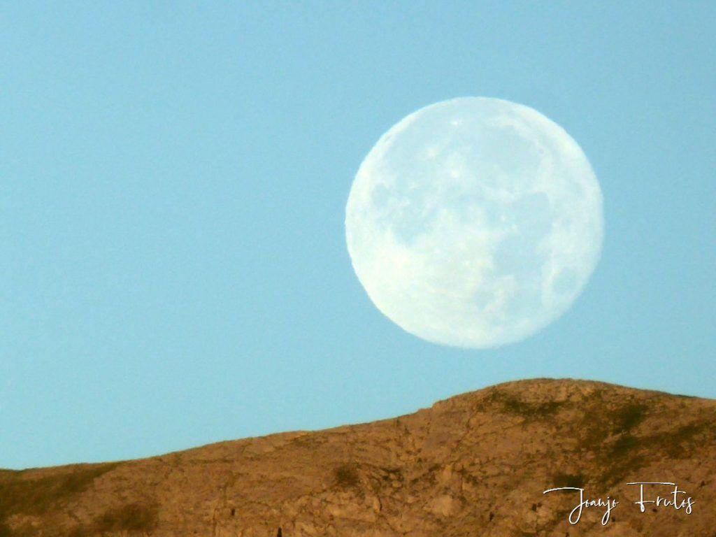 P1330807 1024x768 - Amanecer de Luna Llena de Julio.