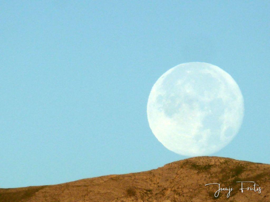 P1330809 1024x768 - Amanecer de Luna Llena de Julio.