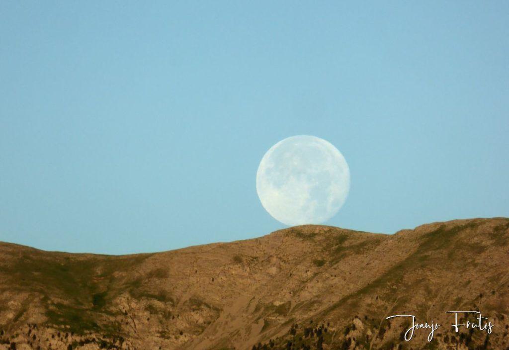 P1330810 1024x704 - Amanecer de Luna Llena de Julio.