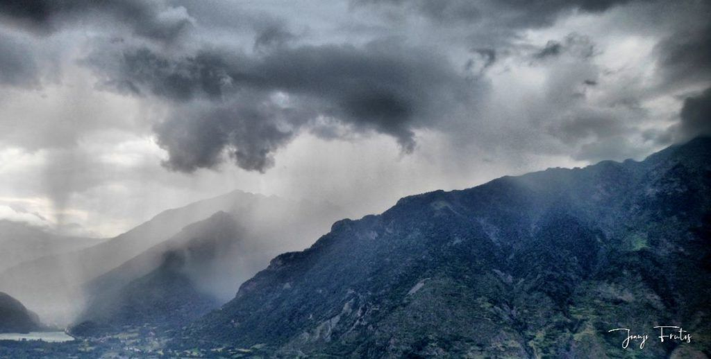 P1330858 fhdr 001 1024x518 - En Cerler tormenta y sombras.