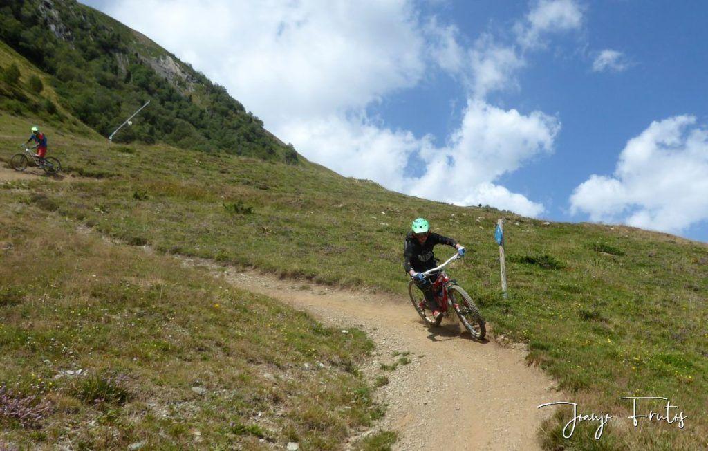 P1340167 1024x652 - BikePark de Saint Lary.