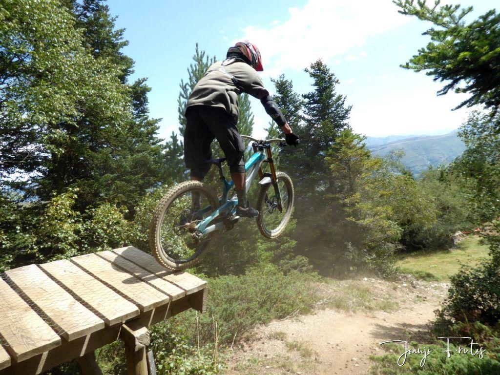 P1340173 1024x768 - BikePark de Saint Lary.