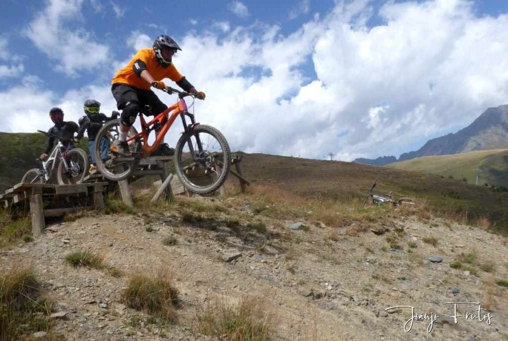 P1340179 1024x688 - BikePark de Saint Lary.