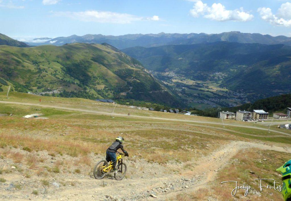 P1340181 1024x708 - BikePark de Saint Lary.