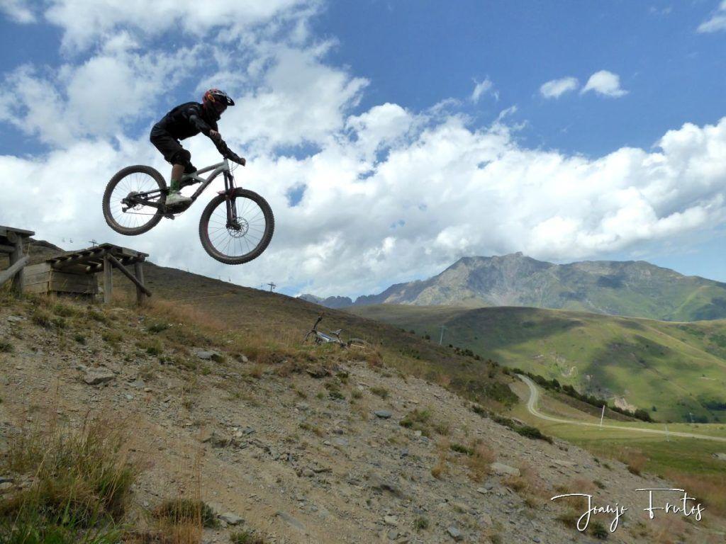 P1340183 1024x768 - BikePark de Saint Lary.
