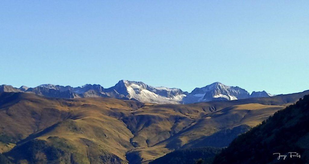 IMG 20200920 102644 1024x545 - Paseando por Cerler Estación de Esquí.