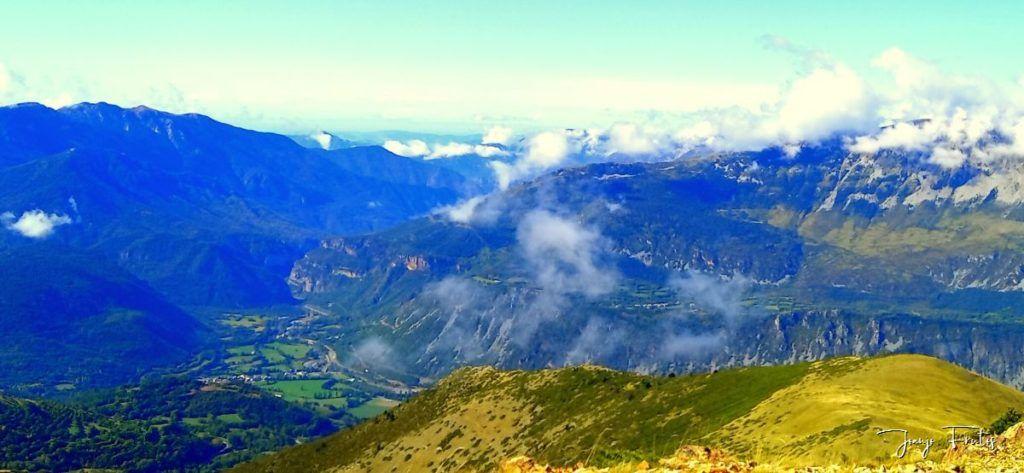 IMG 20200920 112147 1024x473 - Paseando por Cerler Estación de Esquí.