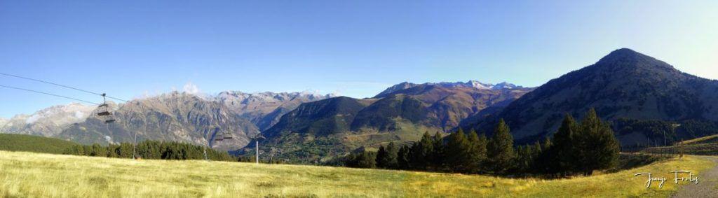 Panorama 1 001 1024x283 - Paseando por Cerler Estación de Esquí.